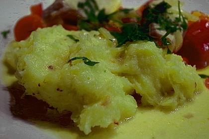 Kartoffelpüree mit geröstetem Knoblauch 3