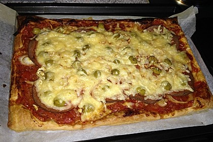 Blätterteig Pizza 0