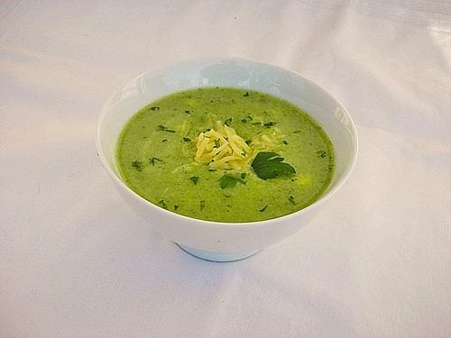 blumenkohl brokkoli cremesuppe rezept mit bild. Black Bedroom Furniture Sets. Home Design Ideas