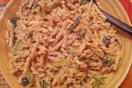 Wirsing - Spaghetti mit Walnuss - Sauce 5