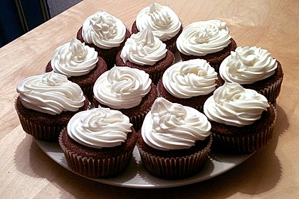 Red Velvet Cupcakes - für besondere Anlässe 25