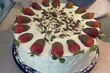 Erdbeer - Knispel - Torte 1