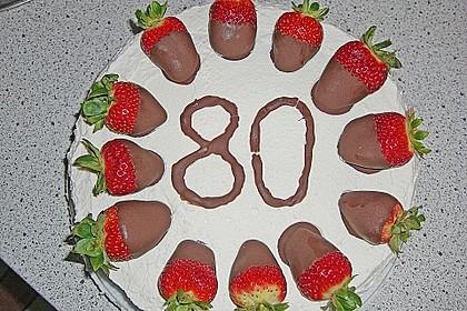 Erdbeer - Knispel - Torte 2