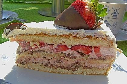 Erdbeer - Knispel - Torte 6