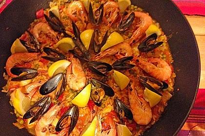 Rafis Fisch Paella 13