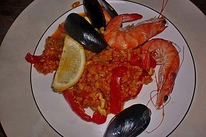Rafis Fisch Paella 16