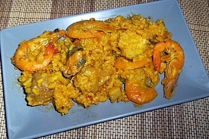 Rafis Fisch Paella 21