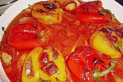 Gefüllte Paprika mit Hackfleisch und Reis 4