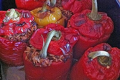 Gefüllte Paprika mit Hackfleisch und Reis 5