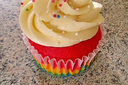 Rainbow Cupcakes 1