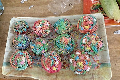 Rainbow Cupcakes 12