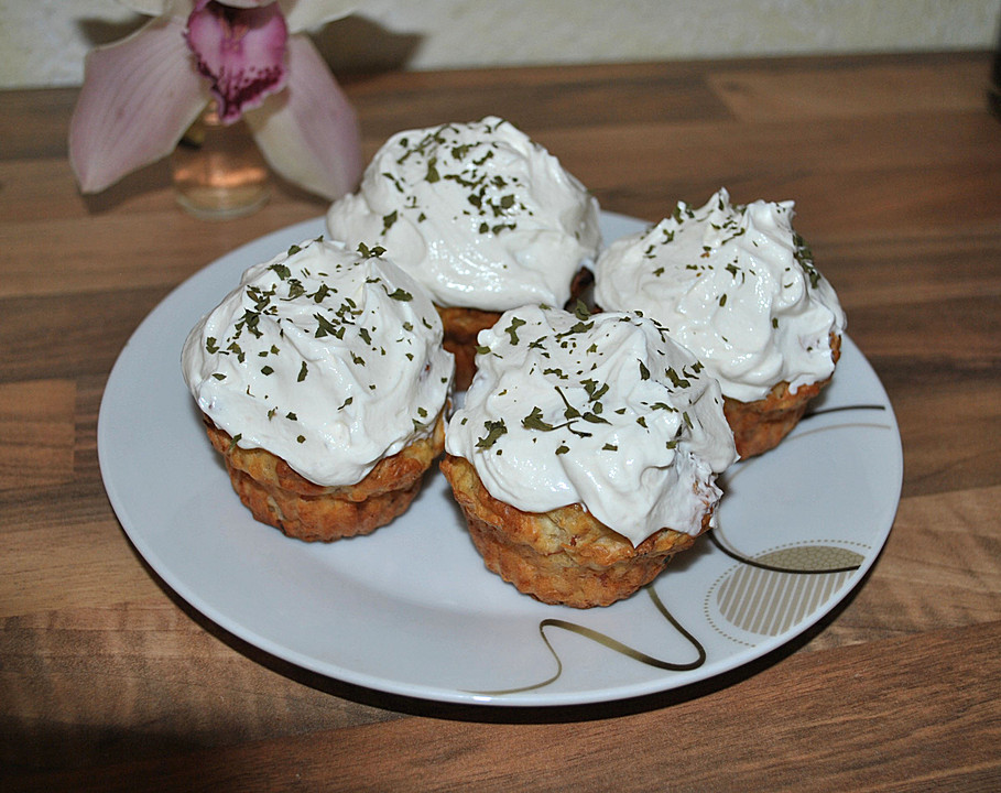 schinken kr uter cupcakes mit quark topping rezept. Black Bedroom Furniture Sets. Home Design Ideas