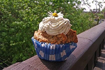 Schinken - Kräuter - Cupcakes mit Quark - Topping 3