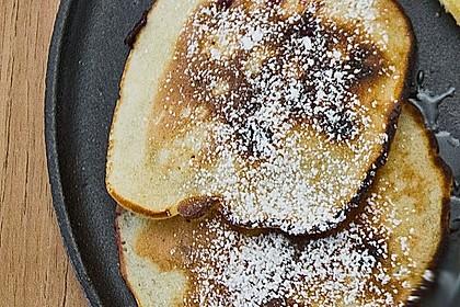 pancake mit blaubeeren rezept mit bild von chefkoch. Black Bedroom Furniture Sets. Home Design Ideas