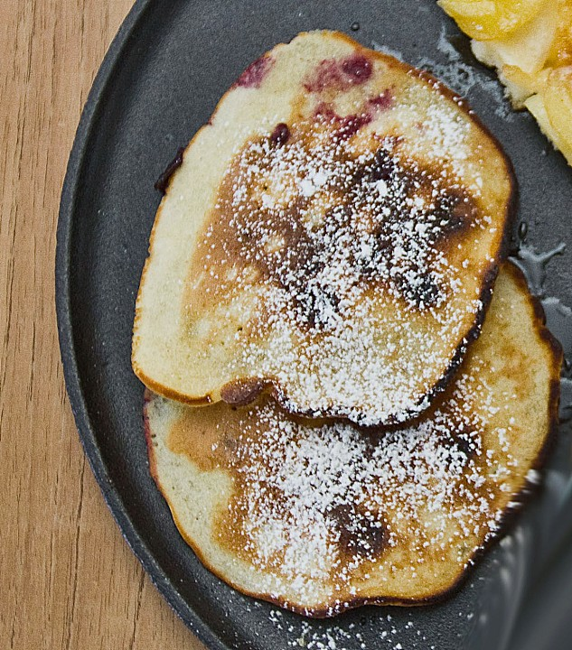 pancake mit blaubeeren rezept mit bild von chefkoch. Black Bedroom Furniture Sets. Home Design Ideas