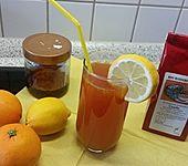 Eistee mit Honig und Orangensaft (Bild)