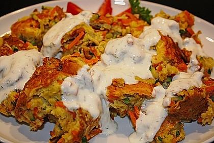 Gemüseschmarren mit Knoblauchdip 14
