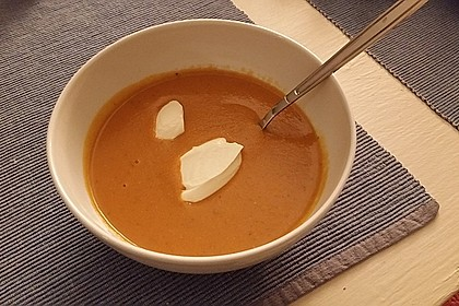 Rote Linsen-Kokos-Suppe 49