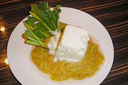 Joghurteis mit Limoncello und Rhabarberkompott 0