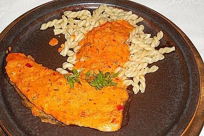 Schnitzel in Paprika - Rahmsauce 4