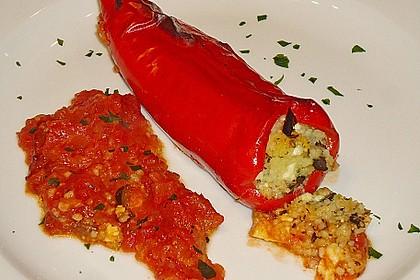 Gefüllte Spitzpaprika mit Couscous 9
