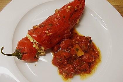 Gefüllte Spitzpaprika mit Couscous 15