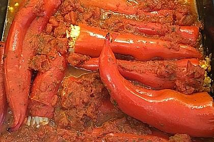 Gefüllte Spitzpaprika mit Couscous 24