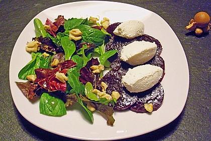 Rote Bete - Salat mit Käsenocken