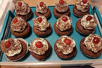Schwarzwälder Kirsch Cupcakes 38