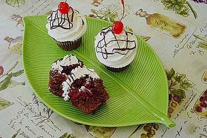 Schwarzwälder Kirsch Cupcakes 10