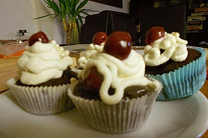 Schwarzwälder Kirsch Cupcakes 214