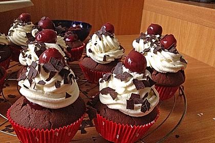 Schwarzwälder Kirsch Cupcakes 49