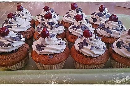Schwarzwälder Kirsch Cupcakes 56