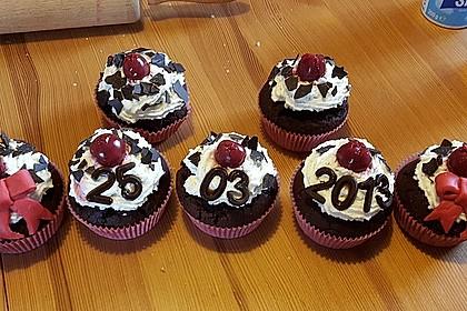 Schwarzwälder Kirsch Cupcakes 45