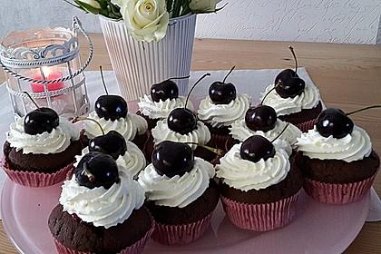 Schwarzwälder Kirsch Cupcakes 80