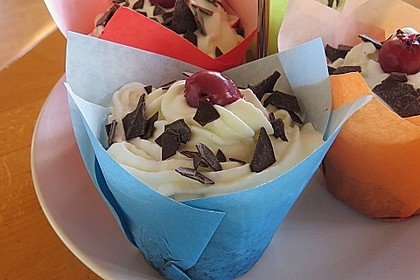 Schwarzwälder Kirsch Cupcakes 178