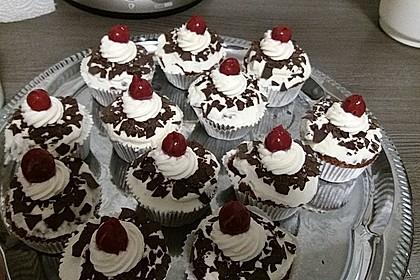 Schwarzwälder Kirsch Cupcakes 28
