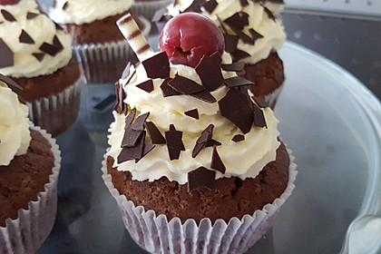 Schwarzwälder Kirsch Cupcakes 9