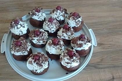 Schwarzwälder Kirsch Cupcakes 68