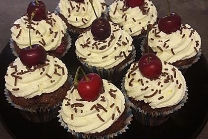 Schwarzwälder Kirsch Cupcakes 74