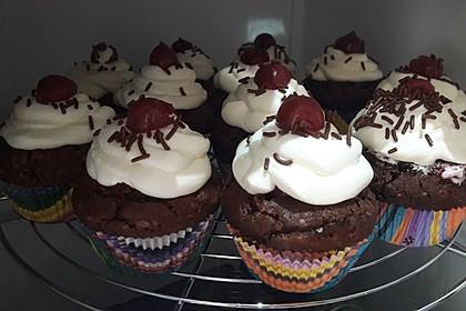 Schwarzwälder Kirsch Cupcakes 88