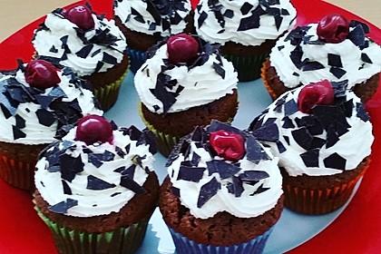 Schwarzwälder Kirsch Cupcakes 51