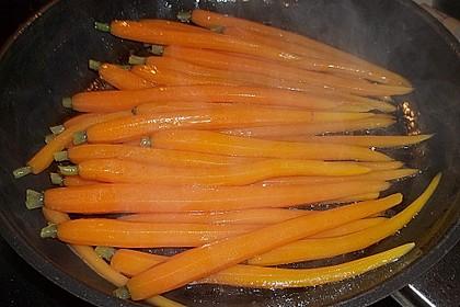 Glasiertes Möhrengemüse 4