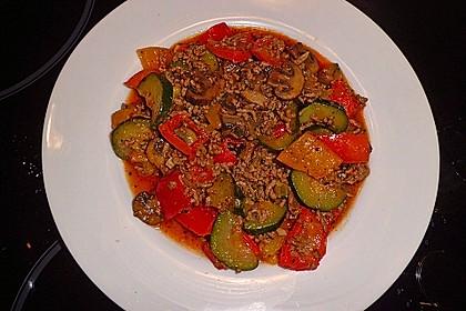 Hackfleisch - Gemüse - Pfanne 13
