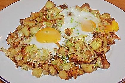 Bratkartoffeln mit Ei und Käse 8