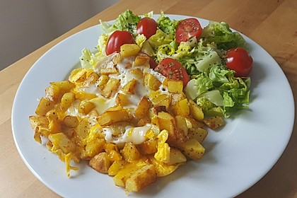 Bratkartoffeln mit Ei und Käse 3