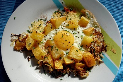 Bratkartoffeln mit Ei und Käse 12