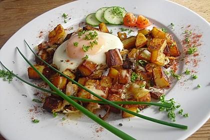 Bratkartoffeln mit Ei und Käse 1