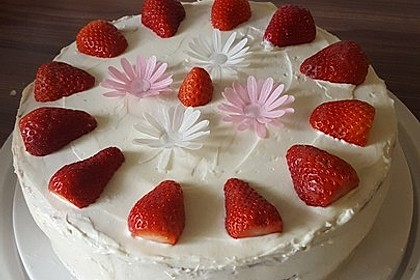 Schnelle Erdbeer - Mascarpone - Torte 6