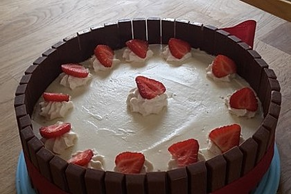 Schnelle Erdbeer - Mascarpone - Torte 5